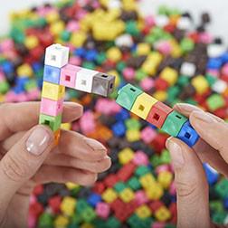 1cm Interlocking Cubes - Pk1000